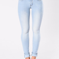 Breaking Necks Booty Lifting Jeans - Light Wash