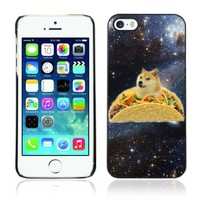 ARTCASES CollectionsTM Black Hard Back Case for Apple iPhone 5 & 5S ( Funny Taco Dog In Space )