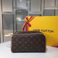 DCCK Lv Louis Vuitton Fashion Women Men Gb2969 M47528 Monogram Travel All Collections King Size Toiletry Bag 28 * 16 * 13 Cm