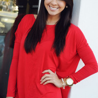 She Keeps It Simple Top: Red | Hope's
