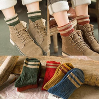 Womens 5Pcs Winter Warm Socks Retro Knited Socks