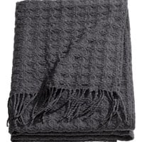 H&M - Textured Throw