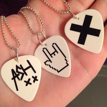 Set of 2 - 5 Seconds of Summer Guitar Pick Necklaces