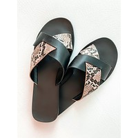 Zepher Cover Sandals (Black)