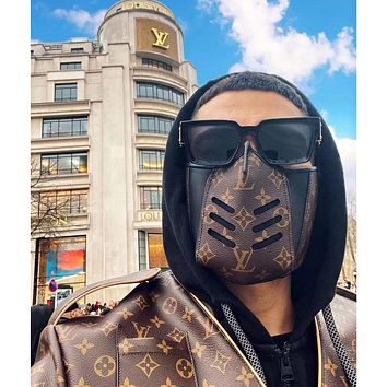 Louis Vuitton LV 2020 New Best-selling Spliced Printed Highest Safety Mask (Safely Sterilized)