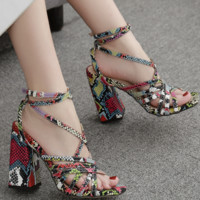 Hot style sexy Roman cross sandals with chunky heelsc