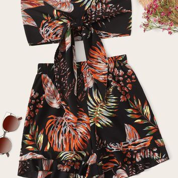 Tropical Print Tie Front Bandeau With Shorts