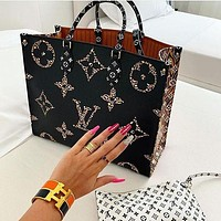 Louis Vuitton LV Ladies'handbag chain bag