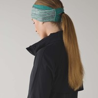 Run And Done Ear Warmer *Ponytail