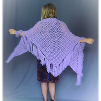 Vintage chunky lilac shawl / hand made cape / large fringed woollen crochet hippie beauty / boho knit