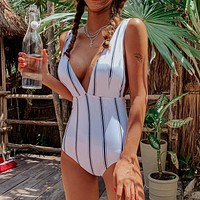 2020 new women's sexy deep V neckline striped high fork bikini