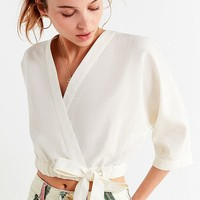 UO Kimmy Wrap Cropped Top | Urban Outfitters