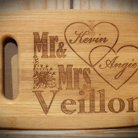 Cutting board, wedding gift, personalized gift,  Anniversary gift, housewarming gift, wood cutting board, Christmas gift, avail in 3 sizes