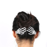 1 pair Fashion Hair Accessories Skeleton Claws Skull Hand Hair Clip Hairpin Zombie Punk Horror Bobby Pin Barrette For Women hair