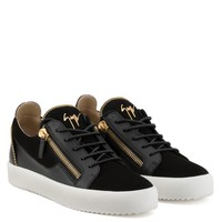 Giuseppe Zanotti Gz Kirk Low Black Suede And Calfskin Low-top Sneaker