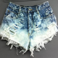 Frayed Gradient Color High Waist Denim Shorts