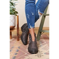 Country Girl Faux Leather Leopard Booties (Grey)