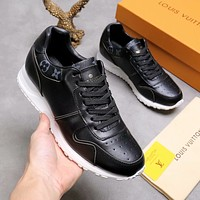 lv louis vuitton womans mens 2020 new fashion casual shoes sneaker sport running shoes 154