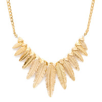 Kesha Feather Necklace - One Size / Gold