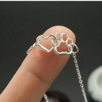 1pcs Lovely Fashion cat pets Jewelry  Dog Paw Print  and Heart shaped paw print charm necklace Women Girl Best Friend Gift