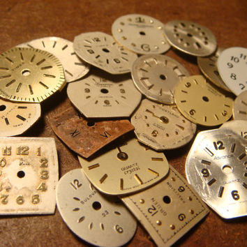 Steampunk Supplies Small Vintage Antique Watch Faces Parts for Mixed Media - Jewelry, Altered Art, Assemlage, Scrapbooking (1594)