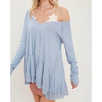 V-Neck Raglan Linen Ruffled Double Hem Top with Thumb Holes in Misty Blue
