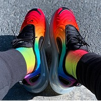 Nike Air Max 720 Fashionable Men Women Casual Rainbow Gradient Air Cushioned Running Sport Shoes Sneakers