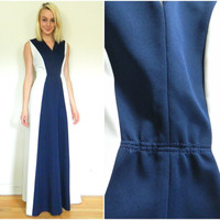 70s vintage maxi dress / contour dress / floor length / blue and white / disco dress / fitted size S