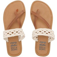 SANDY SHORZ SANDALS