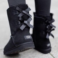 UGG : bow leather boots boots in tube