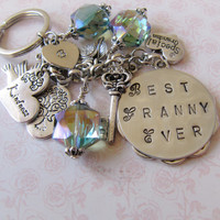 Best Granny Ever initial keychain -  bag charm - gift for grandma - handmade - vintage style - for her - Europe