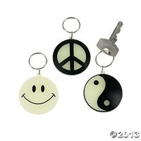 Glow-In-The-Dark Key Chains (12 Count)/Plastic/Peace Sign/Yin/Yang/Smiley Face/Grab Bag/Birthday Party