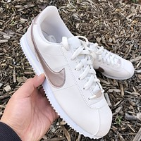 Nike Classic Cortez New fashion hook sports leisure shoes women White
