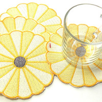 Yellow Dresden Plate, Embroidered, Coasters, Trivets, Mug Mats