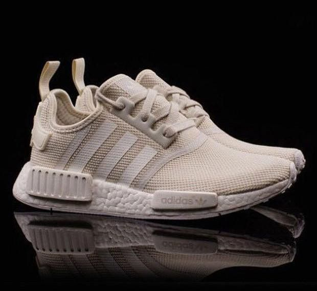 trending sports shoes