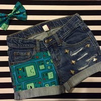 Girls Adventure Time Beemo Studded Cut Off Shorts With Matching Hair Bow, Adventure Time Party, Jake, Finn, BMO, Cut Off Shorts, Adventure