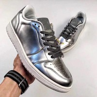 Nike Air Jordan 1 low Sliver