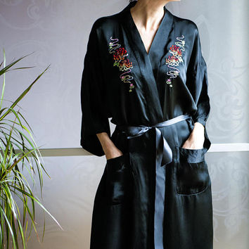 Vintage Pure Silk Black Geisha Robe with Rainbow Garden Embroidered Details. Satin Robe Kimono size M. Maxi Robe Nightgown Bathrobe Fashion