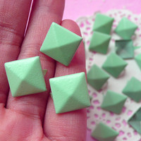 Rivet / LIGHT GREEN Color Metal Pyramid Rivet Studs Square Rivet 12mm (around 50pcs) Cell Phone Deco / Leather Craft / Jean Button, etc RT18