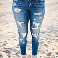 Alayna Distressed Jeans