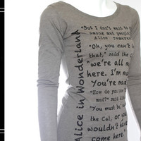 Alice in Wonderland - Book on the T-Shirt - T-Shirt - Jersey T-Shirt - Book - Quote - Olive Gray T-Shirt - Long-Sleeved - Gift