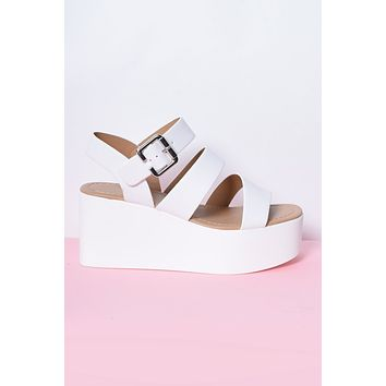 Such Great Heights Platform Strap Sandal - White