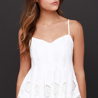 Say Pleats Ivory Lace Top