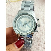 MICHAEL KORS MK Fashionable Ladies Men Simple Big Logo Diamond Quartz Movement Wristwatch Watch Silver I-Fushida-8899