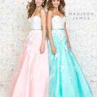 Madison James Prom 15-126 Madison James Lillian's Prom Boutique