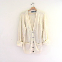 vintage white cable knit cardigan sweater with wooden buttons // XL