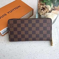 Louis Vuitton LV Classic Long Zipper Wallet Fashionable Men and Women Clutches Coin Purses Card Holders
