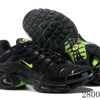 Hcxx 19July 1209 Nike Air Max Plus Retro Sports Flyknit Running Shoes