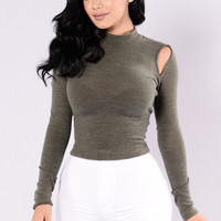 The Get Away Sweater - Olive