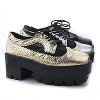Rave02 By Bumper, Round Toe Metallic Mesh Lug sole Platform Chunky Heel Ankle Boots